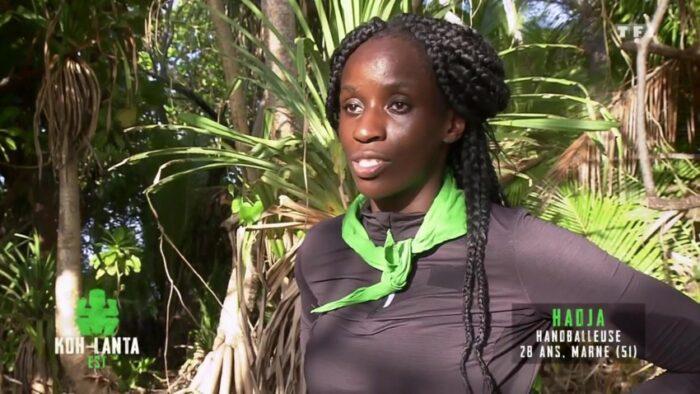 Koh-Lanta Les 4 Terres: Hadja lynchée à cause de son comportement !