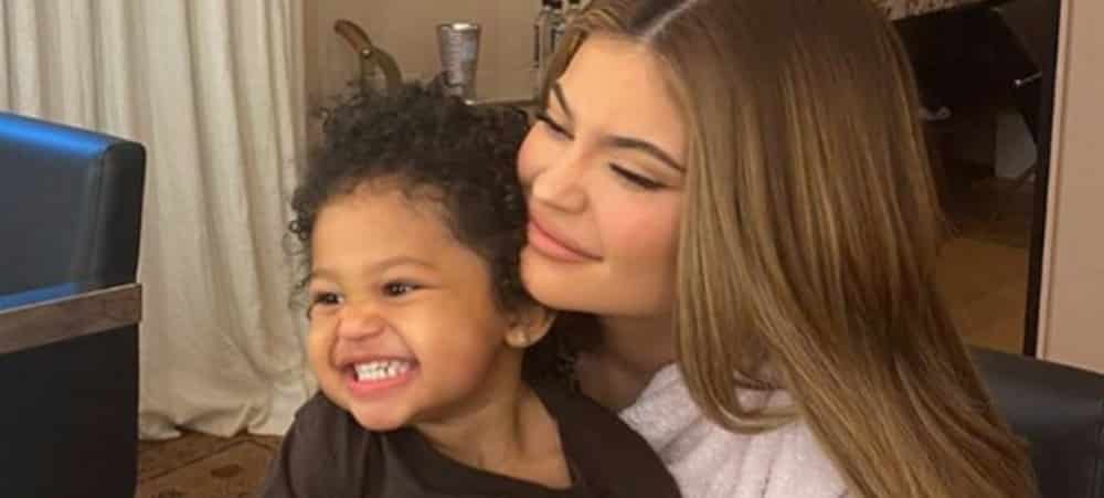 Kylie Jenner et Stormi: un fan dessine le portrait de la mère et la fille !