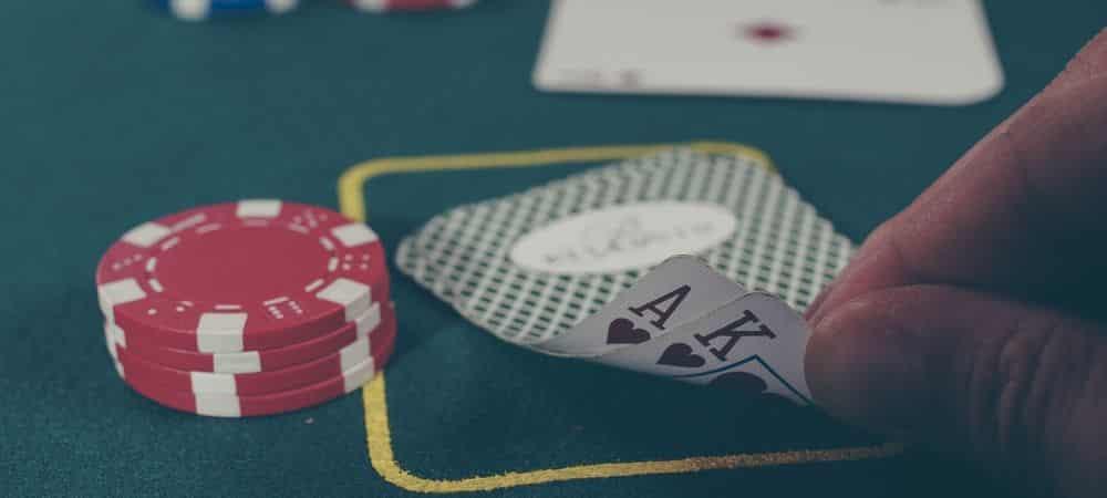 Lancez-vous au poker en ligne avec PokerListings grande
