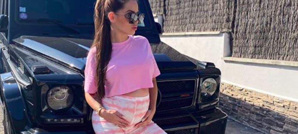 Manon Marsault enceinte: son fils Tiago la copie et veut avoir un ventre rond !