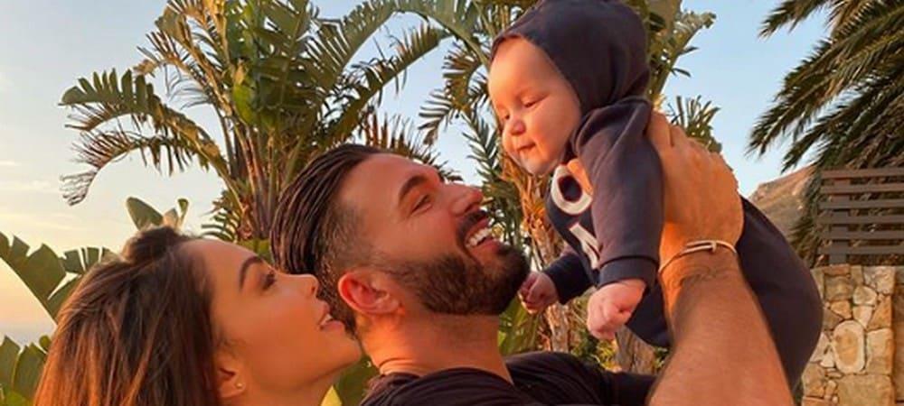 Nabilla: cette adorable photo de sa famille fait fondre la Toile !