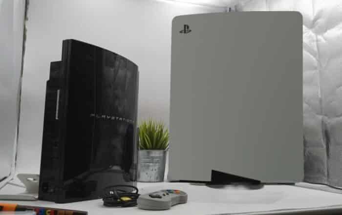 PS5: la taille de la console Sony choque les internautes sur Twitter !