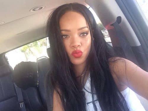 Rihanna: Ariana Grande impatiente lui lance un défi sur son prochain album !