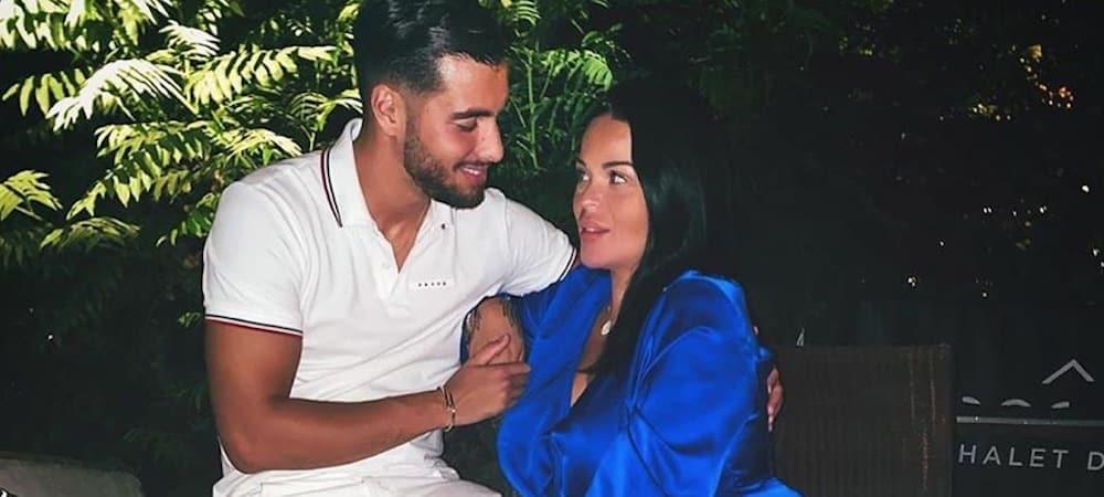 Sarah Fraisou très complice avec son chéri Ahmed à la plage 1000