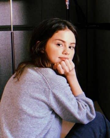 Selena Gomez dévoile le contenu de son réfrigérateur et choque la Toile !