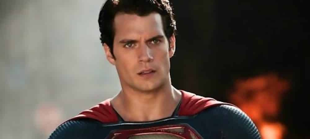 Superman (Henry Cavill) affronte Iron Man dans un beau fan art !