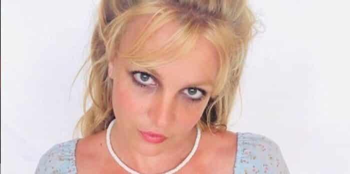 Britney Spears sa fascination très étonnante pour les yeux 10092020-