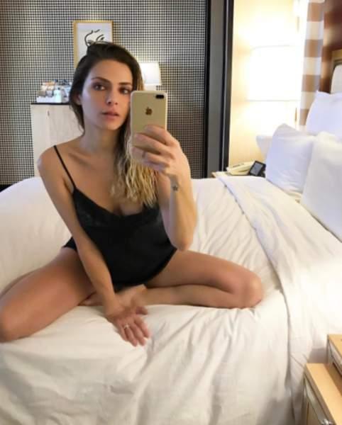 Clara Morgane hyper sexy en dessous transparent sur Instagram !