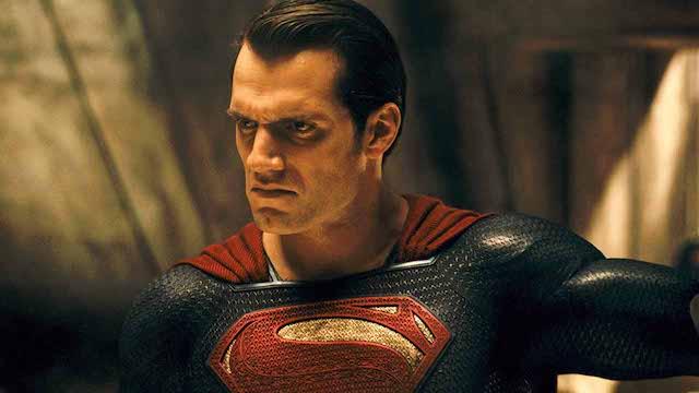 Henry Cavill: les fans exigent son retour dans le prochain Superman !