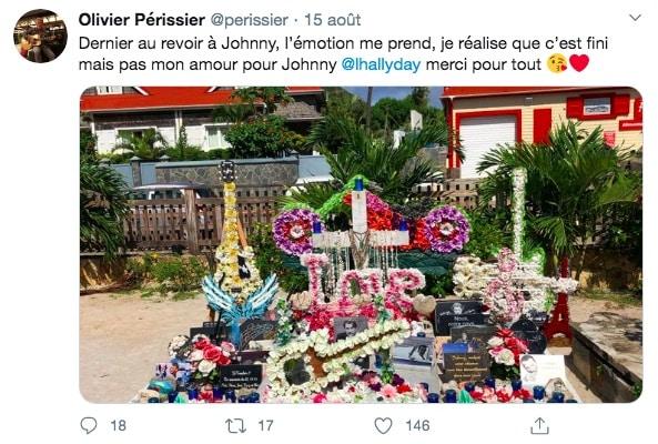 Johnny Hallyday: une photo de sa tombe fait le buzz sur Twitter !