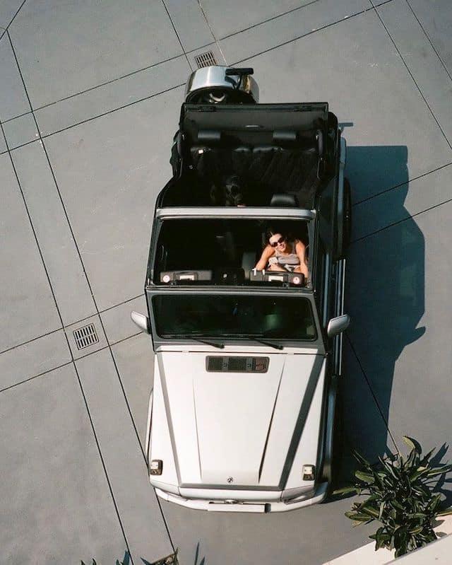 Kendall Jenner présente sa nouvelle voiture à ses abonnés !