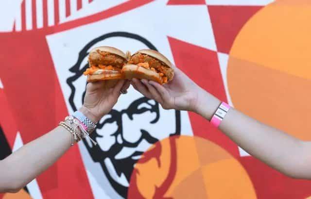 KFC suspend son slogan emblématique à cause du Covid-19 !