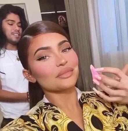Kylie Jenner clashe ses stylistes en direct sur Instagram !