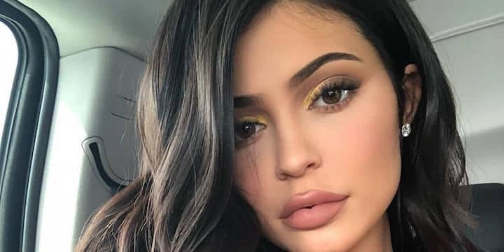 Kylie Jenner: son total look rose fait sensation auprès des fans !