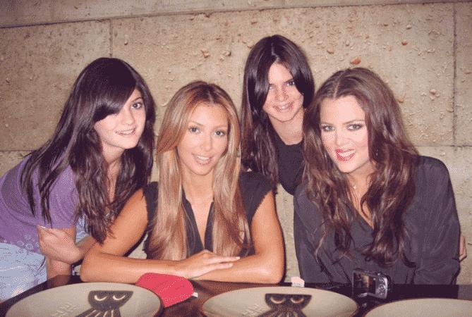 La photo de la discorde entre Kylie Jenner et Kim Kardashian