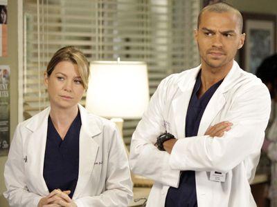 Ellen Pompeo (Grey's Anatomy) se venge de son ami Jesse Williams !