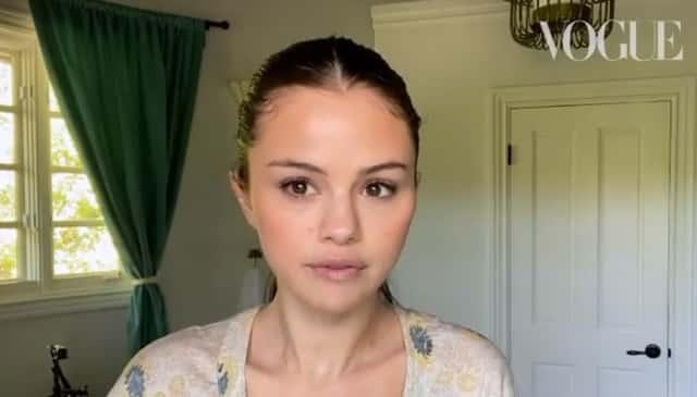 Selena Gomez: son astuce pour un eyeliner parfaitement tracé !