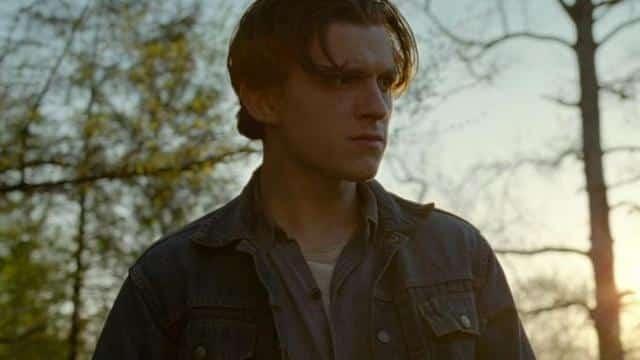 Tom Holland métamorphosé dans le film Le Diable, tout le temps !