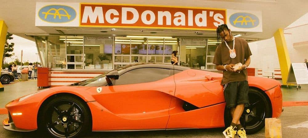 Travis Scott et McDonald's: la collaboration étonnante enfin dispo !