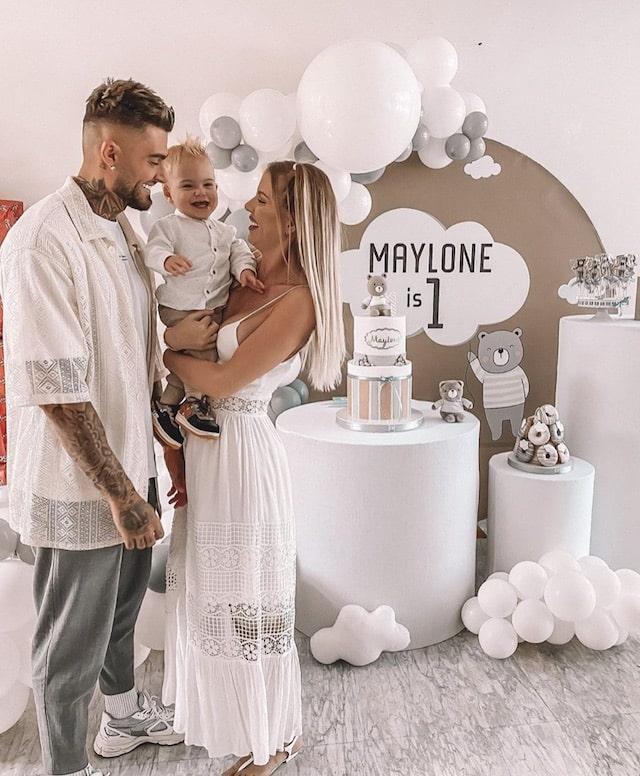 Jessica Thivenin: Thibault Garcia pose avec leur fils Maylone 640