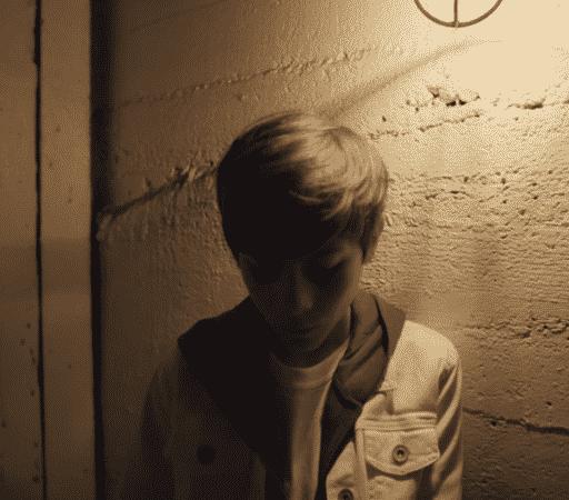 Justin Bieber parle de son enfance dans Lonely