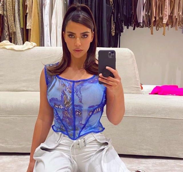 Kim Kardashian partage ses fiches de droit avec ses abonnés !