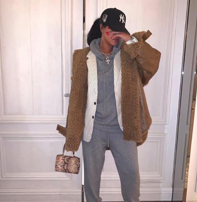 Rihanna poste de nouvelles photos sexy Savage X Fenty après le scandale !