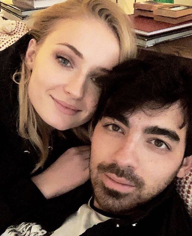 Sophie Turner: son mari Joe Jonas incite ses fans à voter sur Instagram 640