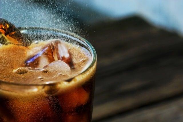 Coca-Cola se diversifie et sort une eau pétillante alcoolisée pour 2021 640