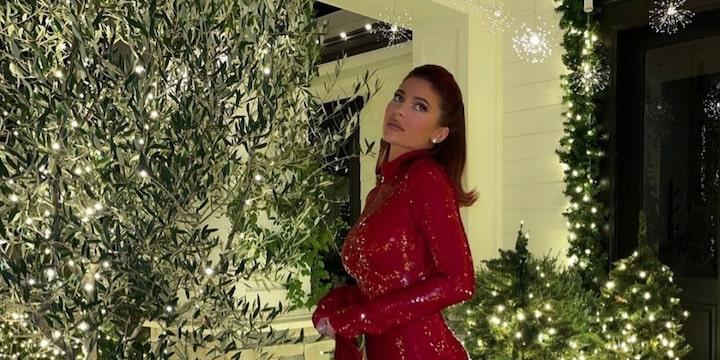 Kylie Jenner craque pour sa toute nouvelle manucure originale !