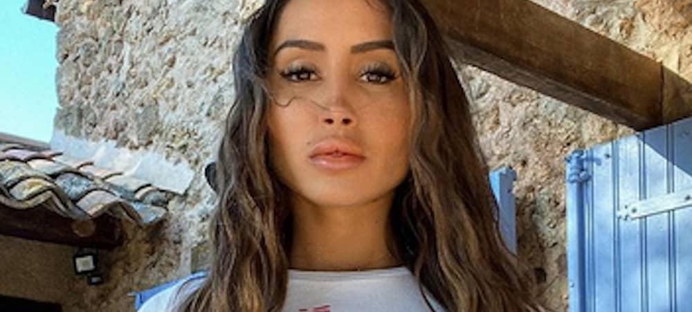 Océane El Himer sexy en décolleté XXL dans une vidéo sur Instagram !