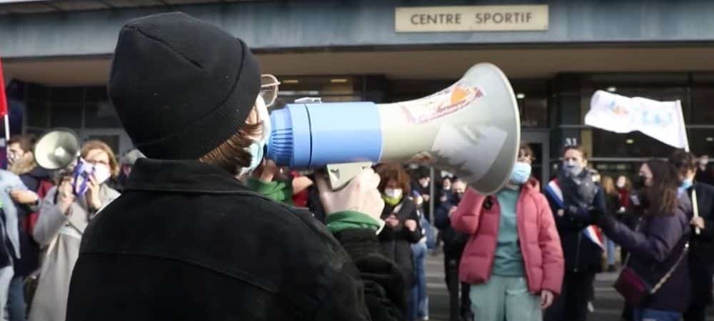 Des étudiants manifestent et se sentent plus abandonnés que jamais !