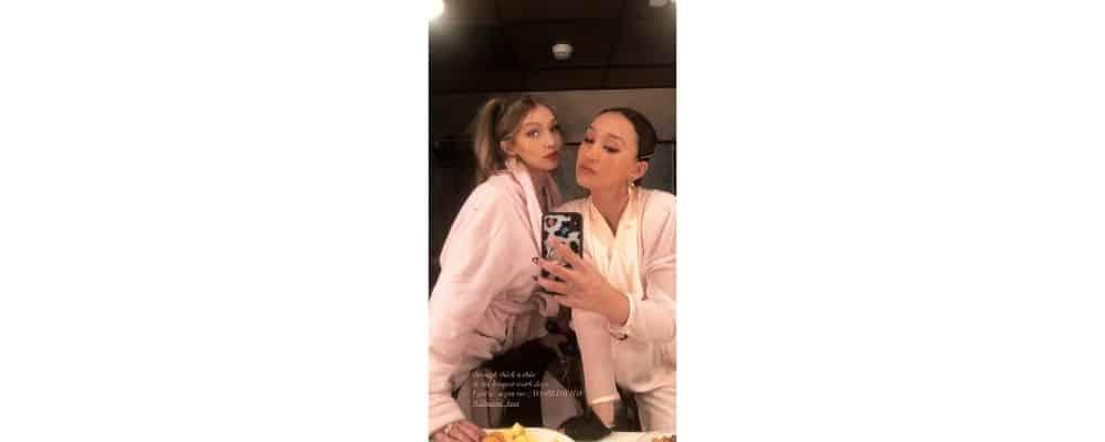 Gigi Hadid s'affiche en peignoir aux côtés d'une amie !