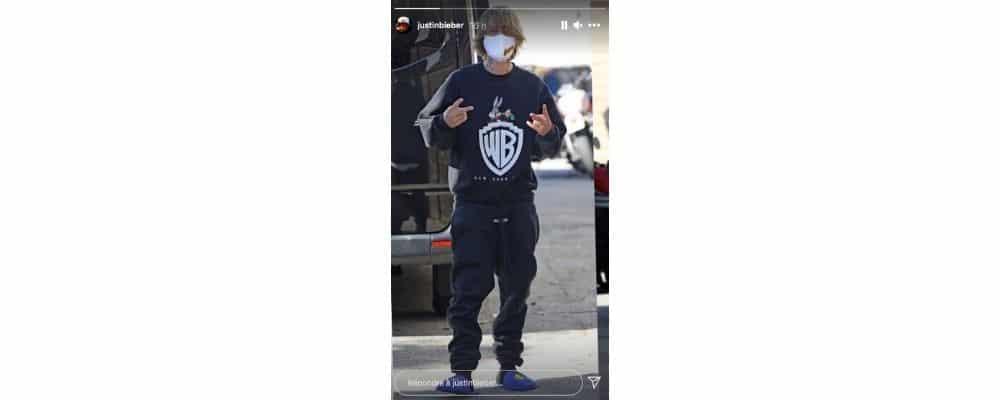 Justin Bieber s'affiche masqué et en chaussons dans la rue !