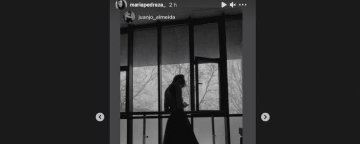 María Pedraza lumineuse en train de pratiquer sa deuxième passion !