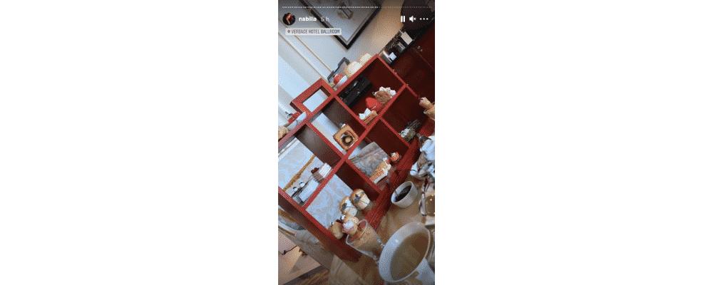 Nabilla profite d'un incroyable tea time dans un magnifique palace !