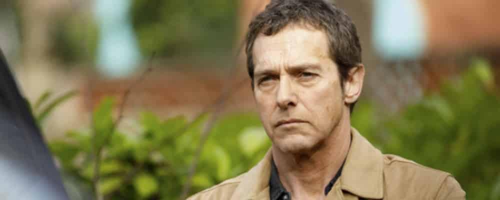 Plus belle la vie: Léo va quitter la police pour Claire !