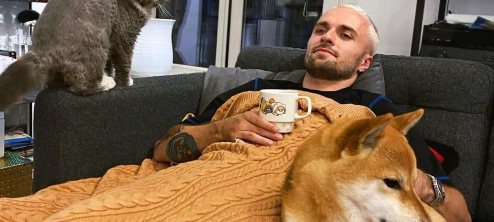 Squeezie galère à motiver son chien à sortir de son lit «il rend fou» !