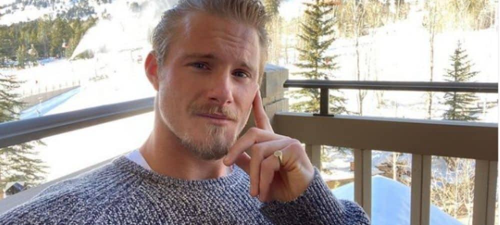 Alexander Ludwig (Vikings) trop chou avec une fan atteinte de cancer !