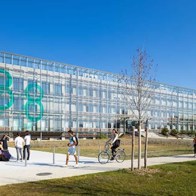 Campus: les étudiants asiatiques viennent moins étudier en France !