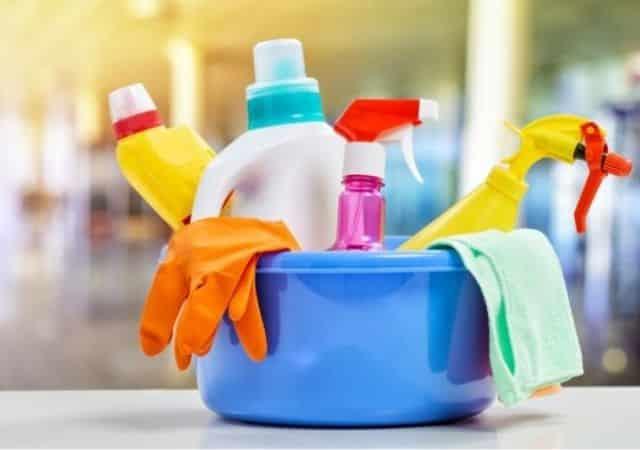 Étudiants: fabriquer son propre désinfectant peut être dangereux !