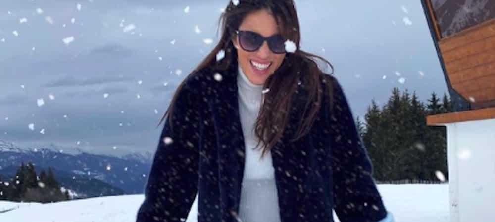 Iris Mittenaere dévale les pistes de ski comme une pro sur Instagram !