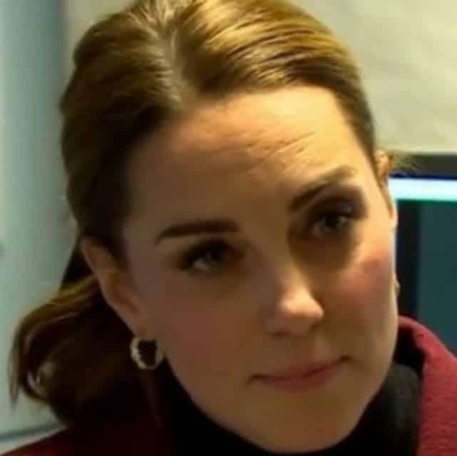 Kate Middleton dévoile sa technique pour faire sauter les crêpes !