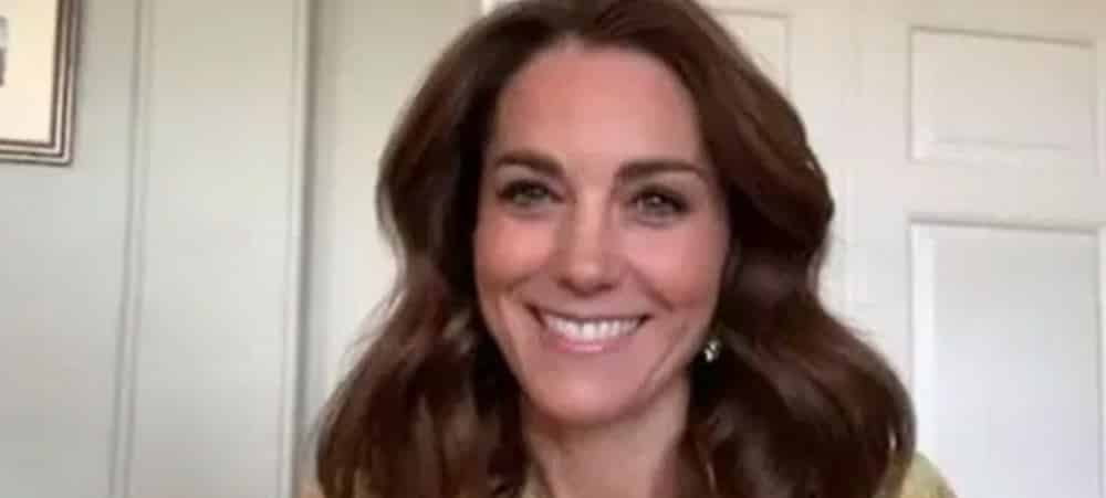 Kate Middleton semble avoir la posture parfaite pour devenir Reine !