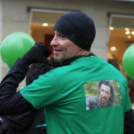 Koh-Lanta Denis Brogniart court tout un marathon pour Bertrand Kamal
