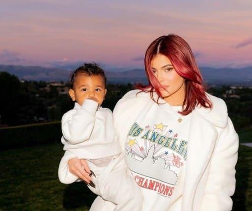 Kylie Jenner en couple avec Travis Scott ou célibataire ?