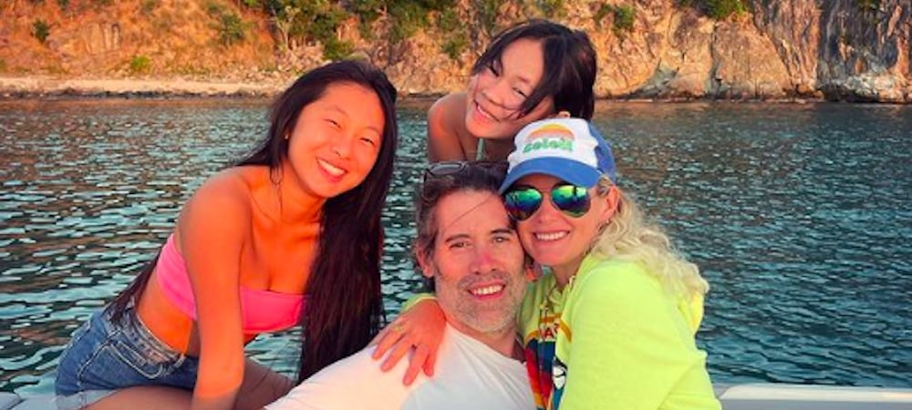 Laeticia Hallyday complices avec ses 2 filles Jade et Joy Hallyday !