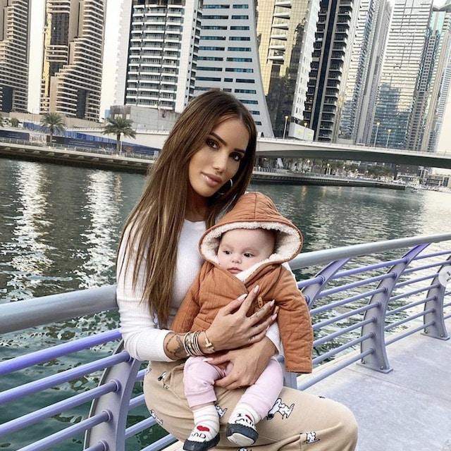 Les Marseillais- Manon Marsault ne peut plus emménager à Dubaï