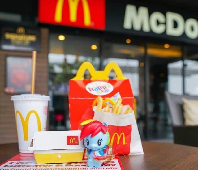 McDonald's ne mettra plus de jouets en plastique dans ses Happy Meal !