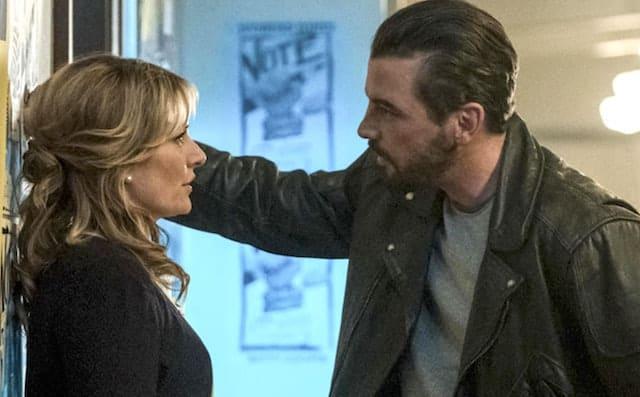 Riverdale: Top 5 des meilleures scènes du couple Alice et FP Jones !
